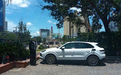 Diesa instala cargadores eléctricos Porsche en puntos estratégicos