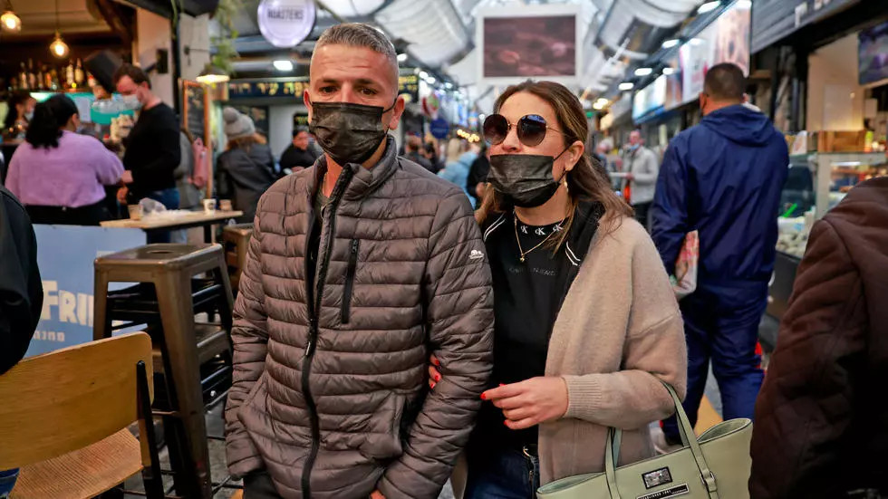 En Israel ya no será obligatorio llevar mascarilla al aire libre