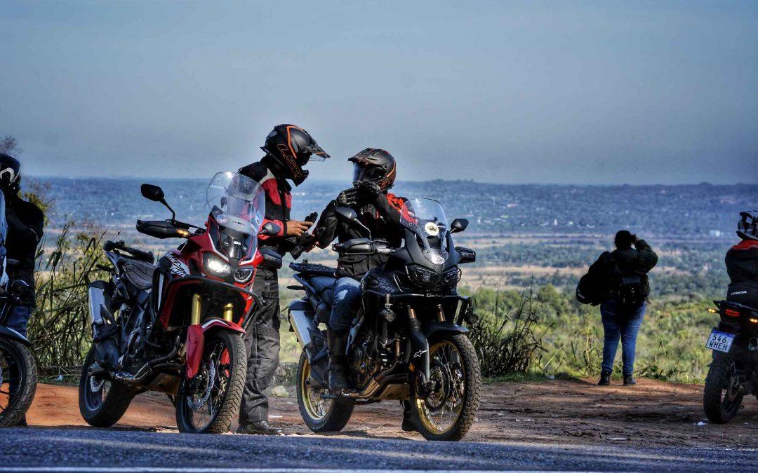 Moteros retoman rutas con Honda