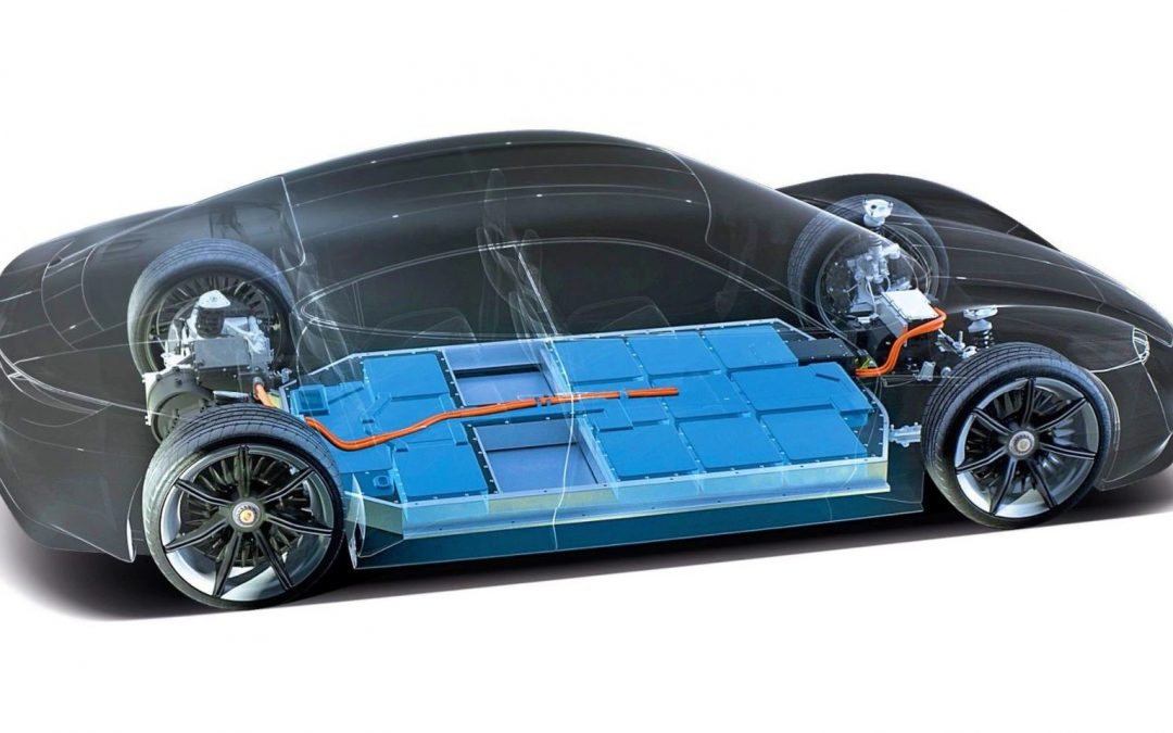 Porsche fabricará batería para cargar coches eléctricos en menos de 15 minutos