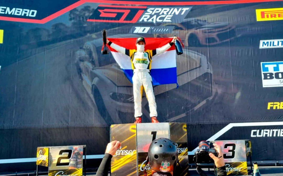 Debut y trofeos en la sexta etapa de la GT Sprint Race