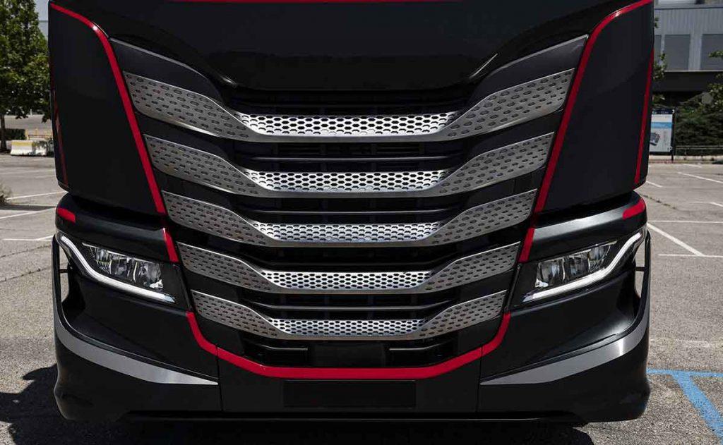 Un nuevo gigante automotriz nace de la fusión de 8 marcas
